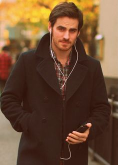Colin in Vancouver while filming 'Once Upon A Time'.... Usually not my type but he's awesome. LOVE ME SOME HOOK!!!
