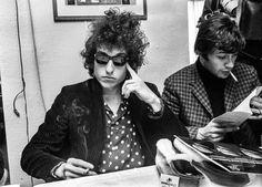 Bob Dylan durante una rueda de prensa el 28 de abril de 1966 en Suecia.