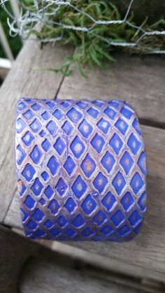 Check out this item in my Etsy shop https://www.etsy.com/listing/245505795/polymer-clay-cuff-purple-diamond
