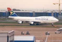 Airbus A380, Boeing 747, 747 Airplane, Commercial Aircraft, World Pictures, Airports, Airplanes, South Africa, Pilot