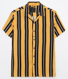 Trendy Outfits, Cool Outfits, 90s Fashion, Fashion Outfits, Summer Shirts, Clothing Items, Aesthetic Clothes, Vintage Outfits, Menswear