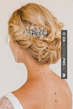FAITH Rhinestone Floral Comb bridal comb veil by UntamedPetals, Love her hair, not sure about the comb though. Wedding Hair And Makeup, Wedding Updo, Hair Makeup, Headpiece Wedding, Bride Hairstyles, Pretty Hairstyles, Bridal Comb, Bridal Updo, Bridal Tiara