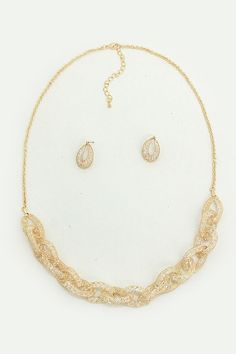 Crystal filled necklace in Gold... #accessories #gold #necklace