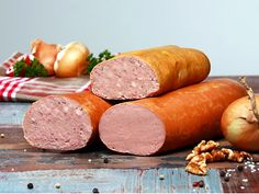 Homemade Dutch Liverwurst Recipe - leverworst - This link is to the translation of the original post in Dutch Liver Recipes, Meat Recipes, Gourmet Recipes, Recipies, Homemade Sausage Recipes, Homemade Cheese, Liverwurst Recipe, Embutido Recipe, Home Made Sausage
