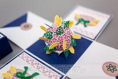 """Blumenstrauß für Explosionsbox - hergestellt mit dem Stempel- und Stanzformenset """"glasklare Grüße"""" von Brigitte Baier-Moser, http://mediendesign-moser.at"""