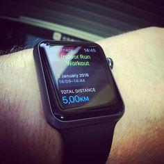 First Run Of 2016 #start2run #running #manonamission #theysaiditcouldnotbedone #indoor #threadmill #sports #apple #watch #applewatch by unexxx