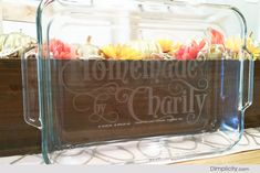 Etched Casserole Dish Tutorial - - good option for what to do with the vinyl cutting pack on the sillouette bundle... also a great hostess / home gift!