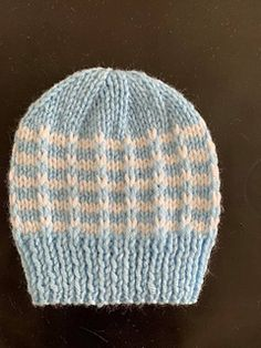 Ravelry: Duet Baby Hat pattern by marianna mel Baby Hat Knitting Pattern, Baby Hat Patterns, Loom Knitting Patterns, Baby Hats Knitting, Beanie Pattern, Hand Knitting, Knitted Hats, Knitting Stitches, Knitting Projects