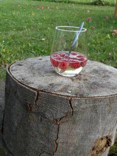 Sommerbowle mit Himbeeren -