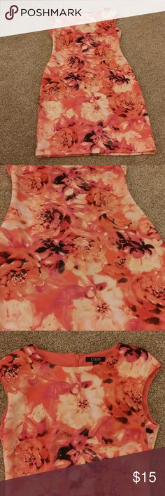 Watercolor Dress 6 Beautiful! Like New, belonged to my daughter. Size 6. Chest 32-34 Length 36 it's even prettier than the pics. Chaps Dresses