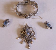 Peruzzi Florence silver and amethyst bracelet brooch and earrings