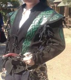 Pendragon Doublet Chatsworth, CA (91311) $300  $300 OBO. Black and green leather doublet made by Pendragon. Purchased in 2007 and worn about 5 times. Excellent condition. Detachable sleeves. I have this onsite at the Irwindale Original RPF. Can also pick up next weekend if you want to meet elsewhere.