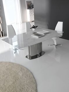Rodeo Drive Marble Dining Table