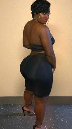 Thick Girl Fashion, Curvy Women Fashion, Beautiful Curves, Beautiful Black Women, Curvy Girl Outfits, Voluptuous Women, Sexy Women, Plus Size, Phat Azz