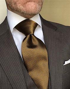 Mens Fashion Suits, Blazer Fashion, Mens Suits, Gentlemans Club, Men's Business Outfits, Business Suits, Teen Boy Fashion, Designer Suits For Men, Elegant Man