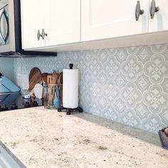 Kitchen tile backsplash using Cutting Edge Stencils DIY tile stencil patterns Bathroom Stencil, Stencil Diy, Damask Stencil, Stenciling, Kitchen Wall Tiles, Kitchen Backsplash, Kitchen Reno, Kitchen Ideas, Backsplash Ideas