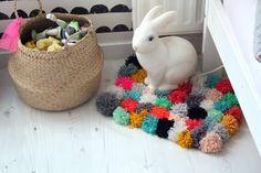 Adorable #pompom rug