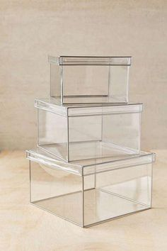 """20/"""" W x 12/"""" D x 9/"""" H Plymor Clear Acrylic Display Case with Hardwood Base"""