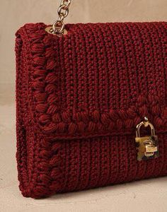 Dolce & Gabbana Online Store, shop on the official store exclusive clothing and accessories for men and women. Crochet Pouch, Filet Crochet, Crochet Stitches, Crochet Bags, Crochet Handbags, Crochet Purses, Love Crochet, Knit Crochet, Borboleta Crochet