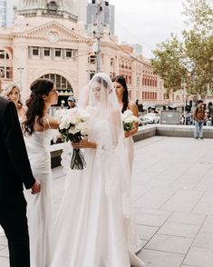 Wedding Goals, Wedding Pics, Chic Wedding, Perfect Wedding, Wedding Styles, Wedding Ideas, Dream Wedding Dresses, Here Comes The Bride, Bridal Style