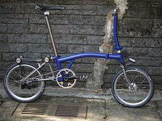 Hanzo titanium Brompton navy blue bike | DinoKiddo