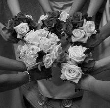 Ideas for Homemade Bridal Shower Favors Prom Poses, Wedding Poses, Wedding Photoshoot, Wedding Shoot, Dream Wedding, Wedding Ideas, Rustic Wedding, Wedding Stuff, Wedding Inspiration