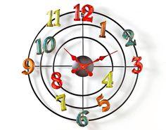 Horloge chiffres en couleurs prix promo Becquet 49,90 € TTC