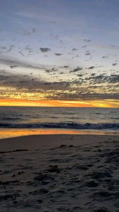 Beautiful Beach Pictures, Beautiful Photos Of Nature, Beautiful Nature Wallpaper, Sunset Pictures, Nature Pictures, Aesthetic Photography Nature, Nature Photography, Ocean Video, Sunrise Photography