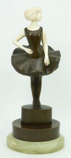 ROLAND PARIS ART DECO BRONZE SCULPTURE OF WOMAN : Lot 75