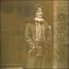 In Scotland Yard detectives bought their first camera, to covertly photograph suffragettes. When Evelyn Manesta, one of the Manchester suffragettes, refused to pose for a picture, a guard was brought in to restrain her in front of the camera. Great Women, Amazing Women, Old Pictures, Old Photos, Suffrage Movement, Women In History, History Images, Interesting History, Before Us