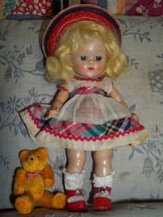 Tiny Miss strung GINNY  1953 in box with additional clothing #DollswithClothingAccessories