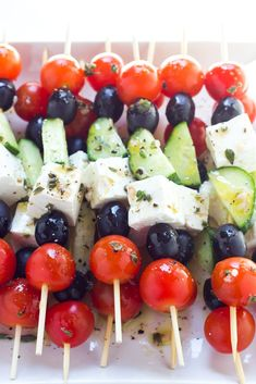 Only 4 ingredients and minimal prep, these greek salad skewers make a tasty appetizer or side dish perfect for any occasion. Roasted Tomato Basil Soup, Wedding Appetizers, Yummy Food, Tasty, Fodmap Recipes, Greek Salad, Skewers, Kabobs, Finger Foods