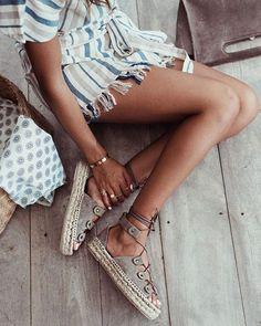 Summer Fashion Tips For Men boho Hippie Stil, Estilo Hippie, Summer Shoes, Summer Outfits, Cute Outfits, Boho Fashion, Womens Fashion, Fashion Tips, Fashion Trends