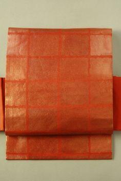 Kaki color nagoya obi (rokutsu) / 柿色地 すり箔の四角柄 六通名古屋帯   #Kimono #Japan http://global.rakuten.com/en/store/aiyama/