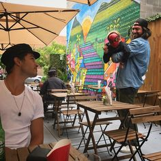 Vacant Lot in East Harlem Transformed Into Outdoor Brazilian Restaurant - East Harlem - New York - DNAinfo Jessiann Gravel, Brazilian Restaurant, Harlem New York, Francisco Lachowski, Design Museum, Culture, Instagram Posts, Pictures, Painting