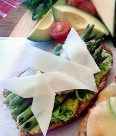Open-face asparagus tartine with a base of homemade avocado hummus ...