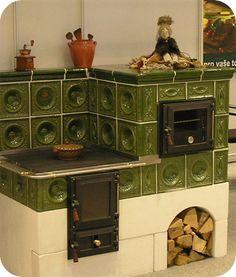 ♔ Cozy Kitchens:  stare kuchnie kaflowe Kitchen Stove, Cozy Kitchen, Rocket Stoves, Herd, Solar Panels, Crib, Liquor Cabinet, Kitchen Design, House Design