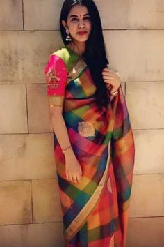 Looking for cotton saree blouse designs? Here are our picks of stylish patterns, chic front neck, & back neck designs you can try with cotton saree blouse! Saree Models, Blouse Models, Anarkali, Lehenga, Cotton Saree Blouse Designs, Saree Tassels Designs, Checks Saree, Soft Silk Sarees, Silk Kurti