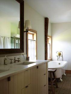 Clawfoot Bathtub, Classic Vanity And Big Mirror. Hereu0027s A Great Bathroom  Remodel Design Idea