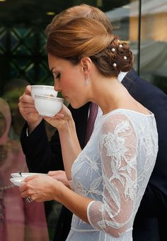 Kate Middleton | Kate Middleton demuestra una vez más su elegancia y buen gusto al ...