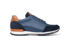 Oblíbené sneakers Blažek jsou vyrobené z kombinace ručně barvené a patinované navy modré teletinové usně a veluru, s detaily z hladké koňakové usně. Sneakers, Shoes, Fashion, Tennis, Moda, Slippers, Zapatos, Shoes Outlet, Fashion Styles