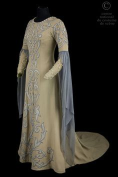 Costume designed by Lucien Jusseaume and Eugene Ronsin for Véronique Dietschy in the Paris Opera's 1952 production of Claude Debussy's Pelléas et Mélisande