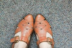Vintage Diamond Cutout Tan Leather Sling Back Sandals - Size 6, 6.5