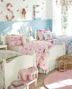 Triplet girl's bedroom- LOVE THE BEDDING!