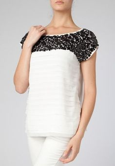 Blusa Shoulder Bordado Pedrarias Off-White - Compre Agora | Dafiti ...