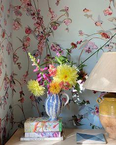 Pretty Images, Crib, Glass Vase, Inspire, Inspiration, Color, Instagram, Home Decor, Crib Bedding