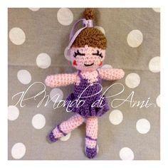 """Ballerina portachiavi amigurumi. Uncinetto. Realizzato con filato """"Zarina"""" Filatura di Crosa. Amigurumi dancer keyring. Crochet. Handmade."""