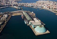 Harbour of A Coruña-Puerto de La Coruña con la Medusa
