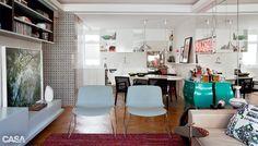 Nesta sala, móveis pop recriam visual descolado - Casa