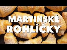 Ideální sváteční pečivo na Svatého Martina? Martinské rohlíčky! Nekynuté, se spoustou másla a náplní z vlašských ořechů. Bude se vám o nich i zdát! Pastry Recipes, Tasty Dishes, Sweet Potato, French Toast, Potatoes, Pie, Bread, Baking, Vegetables